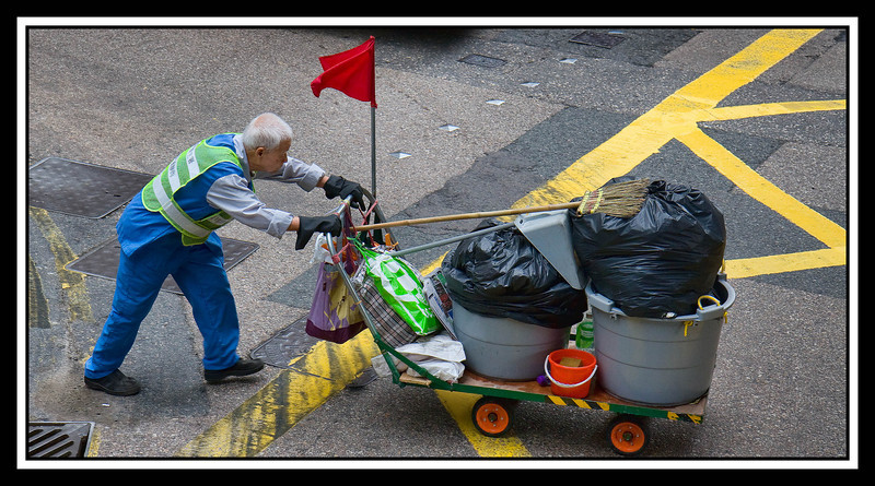 IMAGE: http://rpcrowe.smugmug.com/Travel/China-Focus-Tour-2010-Hong/Cleaning-man-with-cart/859064345_rZdEm-L.jpg